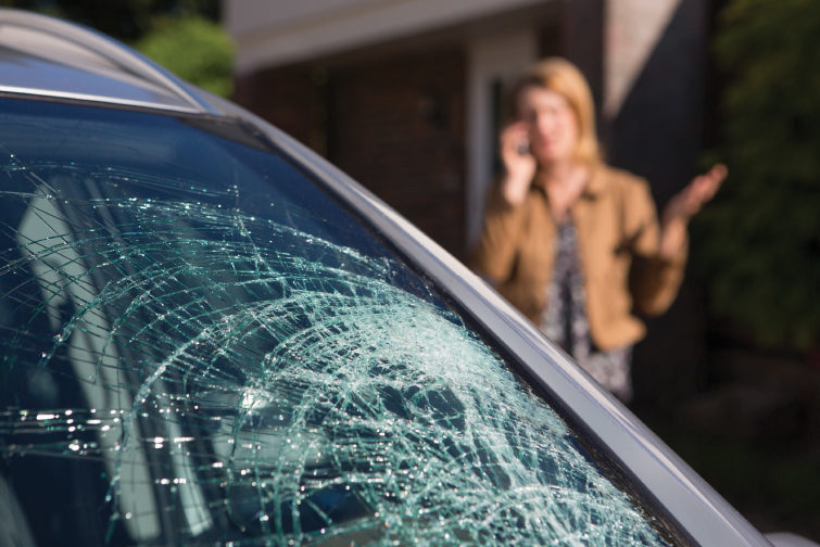 How to Staff up Properly to Repair Glass